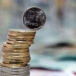 ФинИст: Перспективы ослабления рубля очень высоки