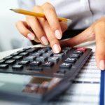 Сколько должны казахстанцы кредитным организациям