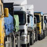Сотни грузовиков застряли на границе с Россией в ЗКО