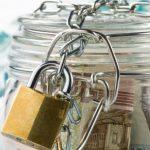 Казахстанцев будут штрафовать за снятие денег с депозитов