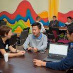 В Алматы проведут живой эксперимент с поколением Z — тех, кто вырос в Интернете