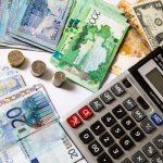 Среднемесячная зарплата казахстанцев выросла