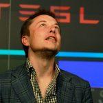 Твит Илона Маска снова поставил Tesla под удар